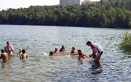 Sampling of bathing water under real life conditions (swimming lessons not included)