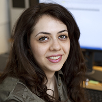 Porträtt på  Arezou Babaahmadi. Foto: Chalmers tekniska högskola.